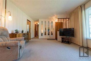 Photo 4: 2 Kerwell Place in Winnipeg: Meadowood Residential for sale (2E)  : MLS®# 1824421