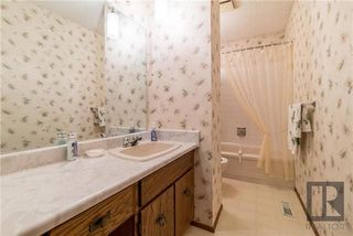 Photo 13: 2 Kerwell Place in Winnipeg: Meadowood Residential for sale (2E)  : MLS®# 1824421
