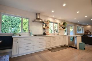 Photo 2: 21159 92B Avenue in Langley: Walnut Grove House for sale : MLS®# R2306786