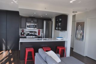 Photo 11: 710 4888 NANAIMO Street in Vancouver: Collingwood VE Condo for sale (Vancouver East)  : MLS®# R2309775