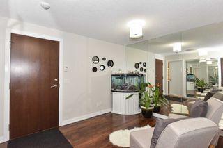 Photo 2: 1707 151 Village Green Square in Toronto: Agincourt South-Malvern West Condo for sale (Toronto E07)  : MLS®# E4304064