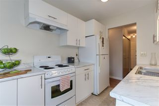 "Photo 10: 301 998 W 19TH Avenue in Vancouver: Cambie Condo for sale in ""SOUTHGATE PLACE"" (Vancouver West)  : MLS®# R2326797"