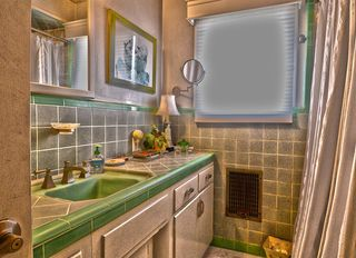 Photo 10: POINT LOMA House for sale : 3 bedrooms : 3736 Dixon Place in San Diego