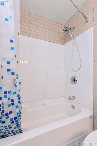 Photo 17: 403 1215 Bay Street in VICTORIA: Vi Fernwood Condo Apartment for sale (Victoria)  : MLS®# 405037