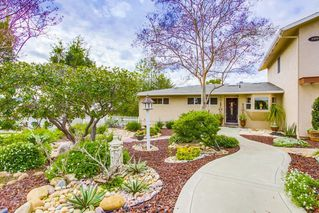 Photo 2: EL CAJON House for sale : 5 bedrooms : 1426 ROXANNE DR