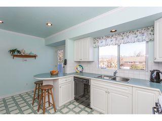 Photo 8: 805 REGAN Avenue in Coquitlam: Coquitlam West House for sale : MLS®# R2340177