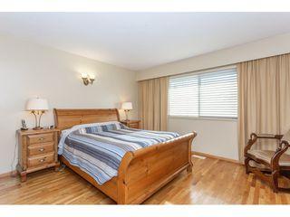 Photo 10: 805 REGAN Avenue in Coquitlam: Coquitlam West House for sale : MLS®# R2340177