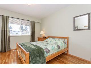 Photo 12: 805 REGAN Avenue in Coquitlam: Coquitlam West House for sale : MLS®# R2340177