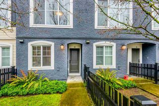 "Photo 18: 13 19180 65 Avenue in Surrey: Clayton Townhouse for sale in ""La Rue"" (Cloverdale)  : MLS®# R2343438"