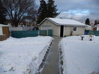 Photo 2: 10924 38 Avenue NW in Edmonton: Zone 16 House for sale : MLS®# E4145168