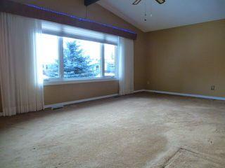 Photo 7: 10924 38 Avenue NW in Edmonton: Zone 16 House for sale : MLS®# E4145168