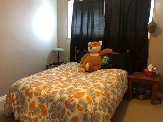 Photo 8: 4803 106 Avenue in Edmonton: Zone 19 House for sale : MLS®# E4145305