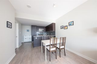 Photo 8: 2906 2975 ATLANTIC Avenue in Coquitlam: North Coquitlam Condo for sale : MLS®# R2346149