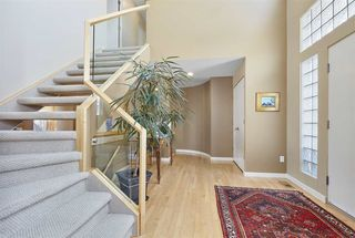 Photo 9: 251 WILSON Lane in Edmonton: Zone 22 House for sale : MLS®# E4149315