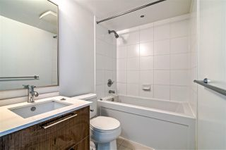 """Photo 11: 2104 1255 SEYMOUR Street in Vancouver: Downtown VW Condo for sale in """"Elan"""" (Vancouver West)  : MLS®# R2356850"""