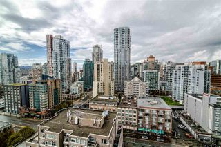 """Photo 7: 2104 1255 SEYMOUR Street in Vancouver: Downtown VW Condo for sale in """"Elan"""" (Vancouver West)  : MLS®# R2356850"""