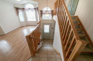 Photo 2: 347 HUDSON Bend in Edmonton: Zone 27 House for sale : MLS®# E4154498