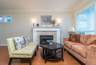 Photo 2: 5311 WOODWARDS Road in Richmond: Lackner House for sale : MLS®# R2365121