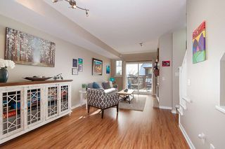 "Photo 4: 134 2000 PANORAMA Drive in Port Moody: Heritage Woods PM Townhouse for sale in ""MOUNTAINS EDGE"" : MLS®# R2369781"