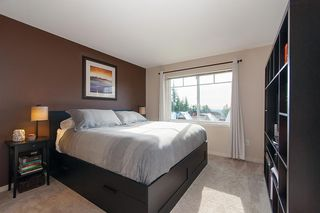 "Photo 13: 134 2000 PANORAMA Drive in Port Moody: Heritage Woods PM Townhouse for sale in ""MOUNTAINS EDGE"" : MLS®# R2369781"
