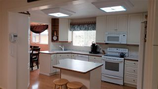 Photo 9: 1124 68 Street in Edmonton: Zone 29 House for sale : MLS®# E4159697