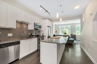 """Photo 5: 186 2228 162 Street in Surrey: Grandview Surrey Townhouse for sale in """"BREEZE"""" (South Surrey White Rock)  : MLS®# R2378123"""