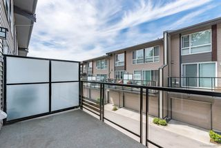 """Photo 13: 186 2228 162 Street in Surrey: Grandview Surrey Townhouse for sale in """"BREEZE"""" (South Surrey White Rock)  : MLS®# R2378123"""