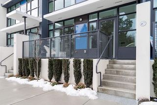 """Photo 3: 22 3333 SEXSMITH Road in Richmond: West Cambie Townhouse for sale in """"SORRENTO EAST"""" : MLS®# R2380959"""