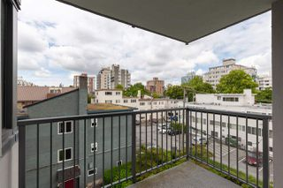 "Photo 14: 402 2165 W 40TH Avenue in Vancouver: Kerrisdale Condo for sale in ""THE VERONICA"" (Vancouver West)  : MLS®# R2383809"