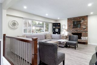 Photo 2: 3762 WELLINGTON Street in Port Coquitlam: Oxford Heights House for sale : MLS®# R2388511