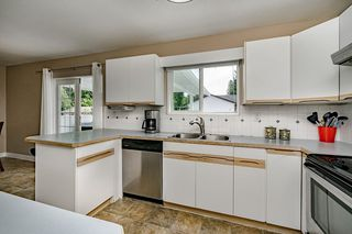 "Photo 10: 12056 211 Street in Maple Ridge: Northwest Maple Ridge House for sale in ""NORTHWEST MAPLE RIDGE"" : MLS®# R2389864"