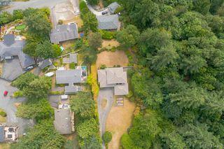 Photo 10: 820 Del Monte Lane in VICTORIA: SE Cordova Bay Single Family Detached for sale (Saanich East)  : MLS®# 414300