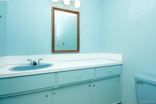 Photo 29: 820 Del Monte Lane in VICTORIA: SE Cordova Bay Single Family Detached for sale (Saanich East)  : MLS®# 414300