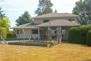 Photo 12: 820 Del Monte Lane in VICTORIA: SE Cordova Bay House for sale (Saanich East)  : MLS®# 821475