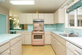 Photo 22: 820 Del Monte Lane in VICTORIA: SE Cordova Bay Single Family Detached for sale (Saanich East)  : MLS®# 414300