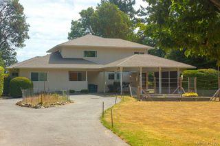 Photo 11: 820 Del Monte Lane in VICTORIA: SE Cordova Bay Single Family Detached for sale (Saanich East)  : MLS®# 414300