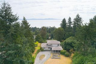 Photo 5: 820 Del Monte Lane in VICTORIA: SE Cordova Bay House for sale (Saanich East)  : MLS®# 821475