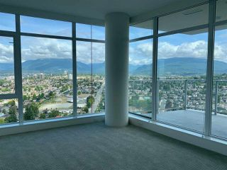 """Photo 2: 3708 1788 GILMORE Avenue in Burnaby: Brentwood Park Condo for sale in """"Escala"""" (Burnaby North)  : MLS®# R2400127"""