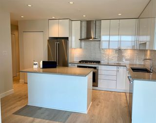 """Photo 19: 3708 1788 GILMORE Avenue in Burnaby: Brentwood Park Condo for sale in """"Escala"""" (Burnaby North)  : MLS®# R2400127"""