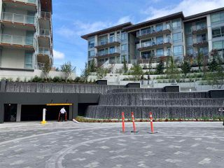 """Photo 10: 3708 1788 GILMORE Avenue in Burnaby: Brentwood Park Condo for sale in """"Escala"""" (Burnaby North)  : MLS®# R2400127"""