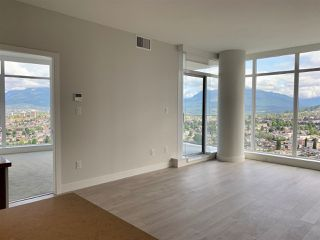 """Photo 4: 3708 1788 GILMORE Avenue in Burnaby: Brentwood Park Condo for sale in """"Escala"""" (Burnaby North)  : MLS®# R2400127"""