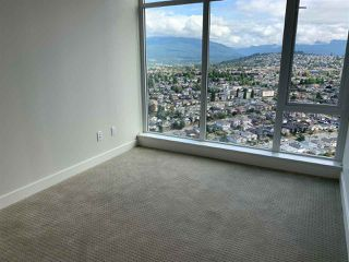 """Photo 6: 3708 1788 GILMORE Avenue in Burnaby: Brentwood Park Condo for sale in """"Escala"""" (Burnaby North)  : MLS®# R2400127"""