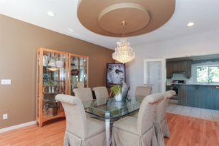Photo 3: 1703 KINGFISHER Crescent in Coquitlam: Westwood Plateau House for sale : MLS®# R2424482