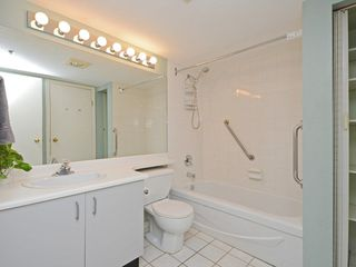 Photo 9: 301 1465 COMOX STREET in Vancouver: West End VW Condo for sale (Vancouver West)  : MLS®# R2287537