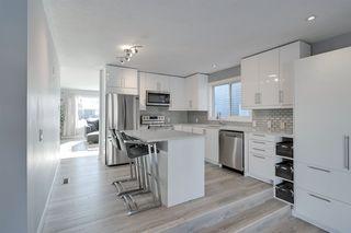 Photo 6: 18412 80 Avenue in Edmonton: Zone 20 House for sale : MLS®# E4188659