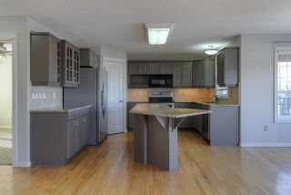 Photo 12: 1044 BARNES Way in Edmonton: Zone 55 House for sale : MLS®# E4199538