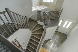 Photo 4: 1044 BARNES Way in Edmonton: Zone 55 House for sale : MLS®# E4199538
