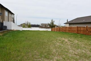 Main Photo: 3 Leonard Close in Sylvan Lake: Lakeway Landing Land for sale : MLS®# A1005179