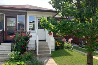 Main Photo: 21 Berkshire Avenue in Toronto: South Riverdale House (Bungalow) for sale (Toronto E01)  : MLS®# E4826666
