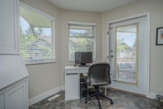 """Photo 10: 306 13900 HYLAND Road in Surrey: East Newton Townhouse for sale in """"Hyland Grove"""" : MLS®# R2485368"""